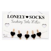trahangare-lonely-socks-1